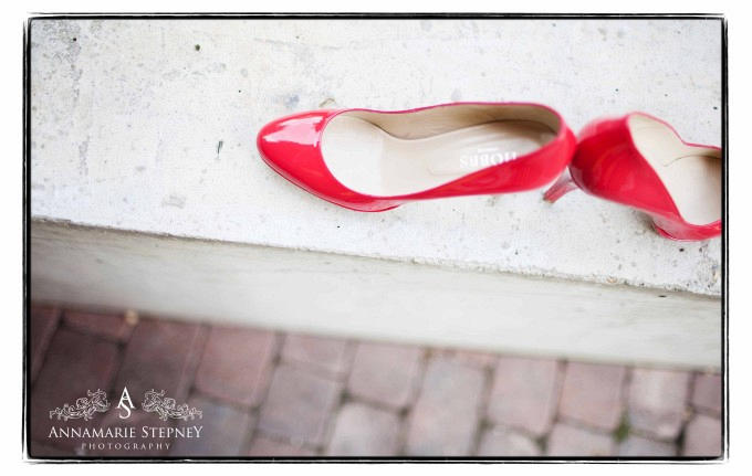 creative wedding shoes photography