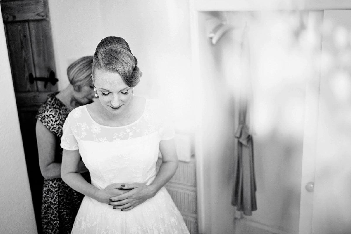 Cripps-barn-wedding-photographer-01